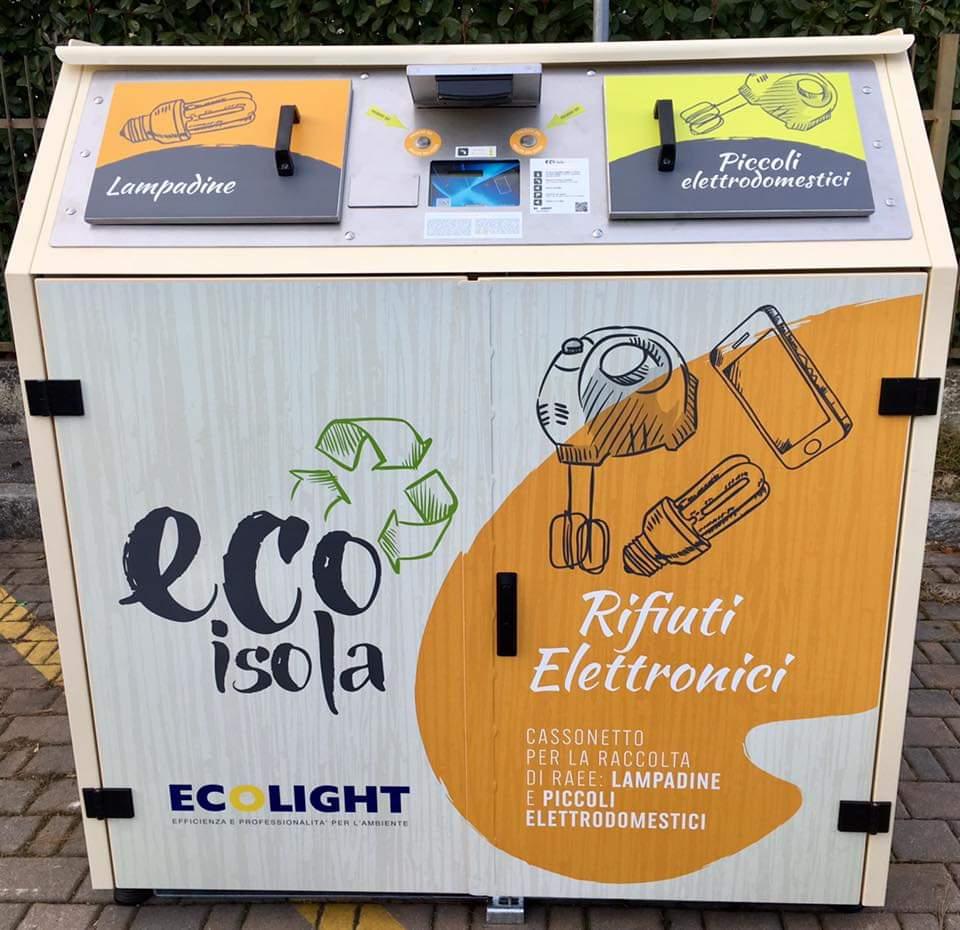 Le EcoIsole a Milano raddoppiano: quattro nuovi cassonetti intelligenti