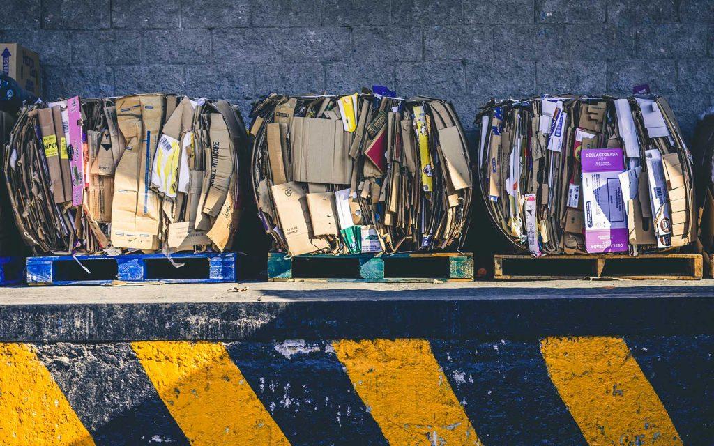 rifiuti ecommerce rifiuti e-commerce cartoni scatole