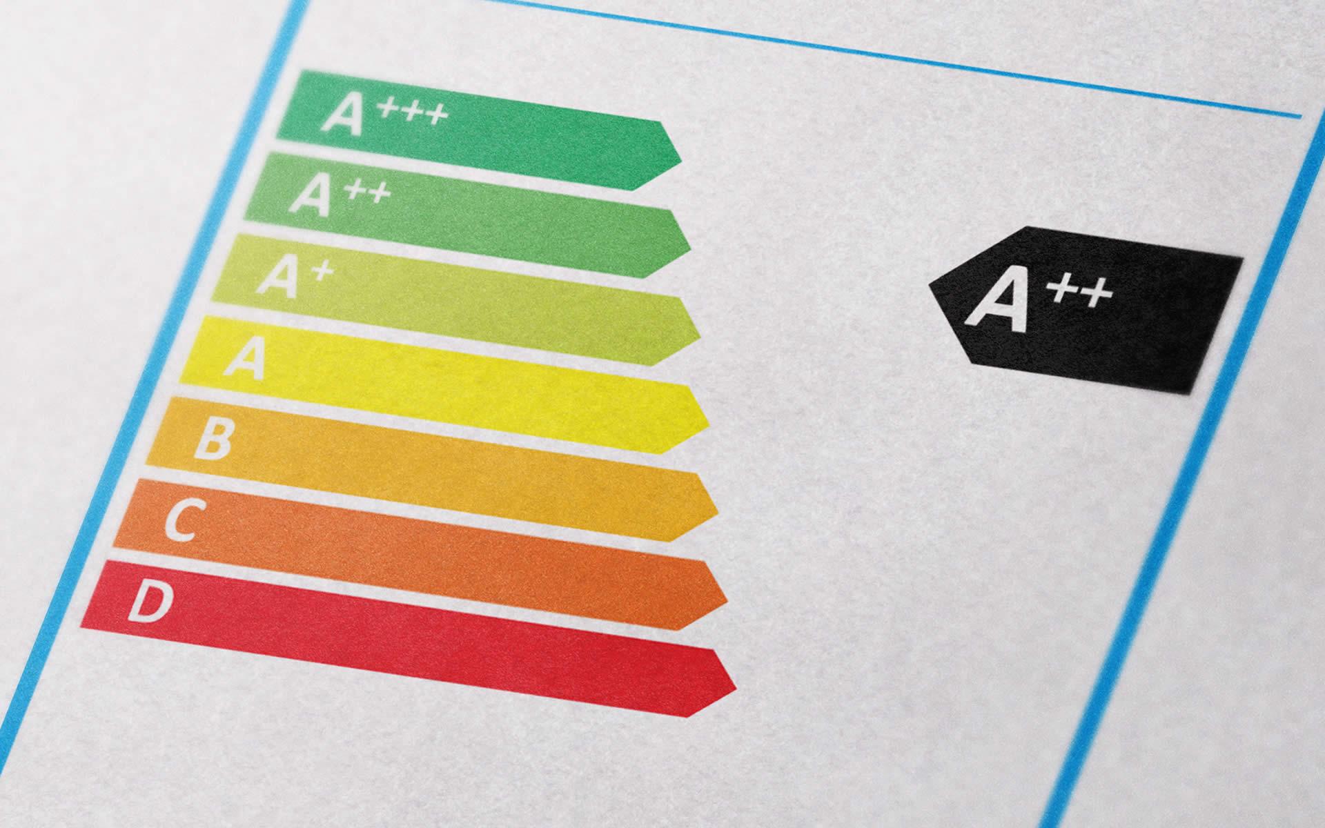Nuova etichettatura energetica, si va al 1° marzo 2021
