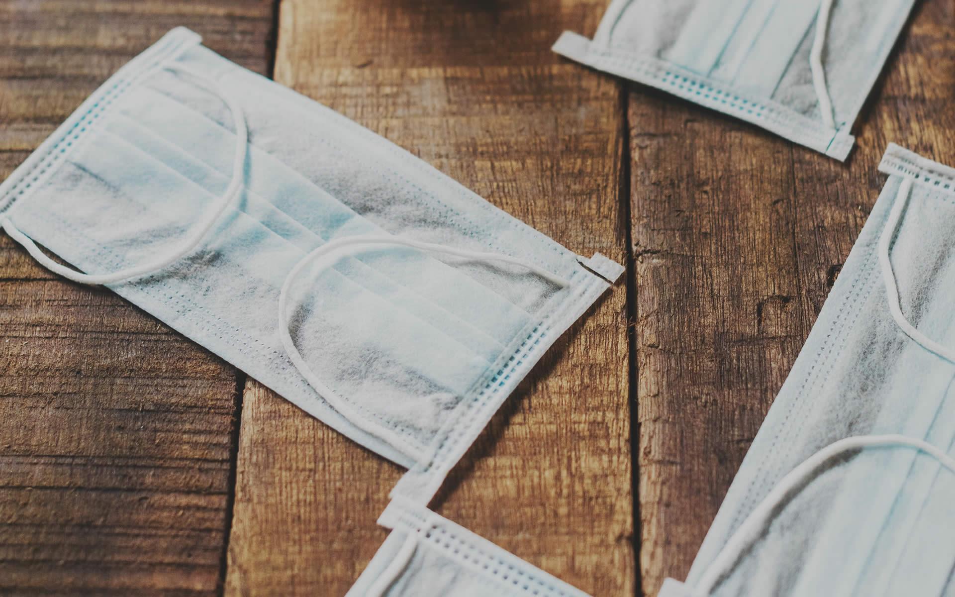 Mascherine e guanti sono rifiuti da gestire in modo corretto. Parte la campagna del Ministero