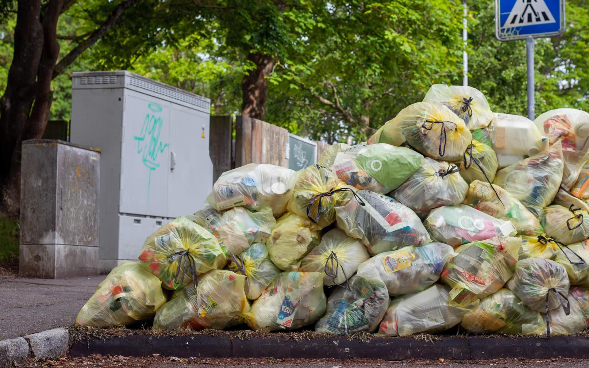 Gestione non autorizzata: sequestrato impianto di rifiuti nel Monzese